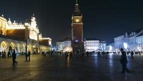 La plaza del mercado de Kraków para lapso de tiempo del movimiento almacen de metraje de vídeo