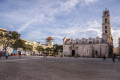 La plaza où basilique De San Francisco à La Havane, Cuba Images stock