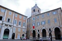 La plaza principal hermosa del senigallia en la región de Marche Imagen de archivo