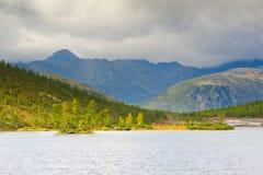 La pluie de montagne image stock