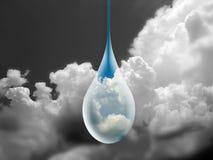 La pluie de pluie viennent de nouveau Photographie stock