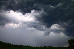 La pluie de pluie viennent de nouveau Photos libres de droits