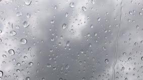 La pluie laisse tomber le fond banque de vidéos