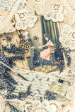 La pluma de la tinta del vintage, la llave, el perfume, las flores de la lavanda y el viejo amor dejaron Fotografía de archivo libre de regalías
