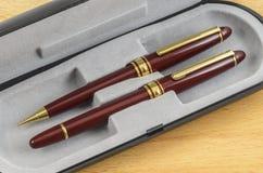 La pluma y el lápiz fijaron 01 Imagen de archivo