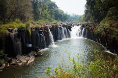 La plus grande cascade au Laos photos stock