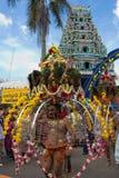 La poca India - Singapur, 7 de febrero de 2012: Un devoto en Thaipusa Fotografía de archivo libre de regalías
