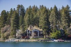 La pointe de flèche célèbre de lac photographie stock libre de droits