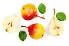 La poire trois jaune rouge mûre porte des fruits avec la feuille d'isolement sur le fond blanc Vue supérieure Modèle plat de conf image stock