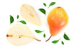 La poire trois jaune rouge mûre porte des fruits avec la feuille d'isolement sur le fond blanc Vue supérieure Modèle plat de conf images libres de droits