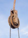 La polea oxidada del hierro Fotografía de archivo libre de regalías