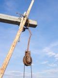 La polea oxidada del hierro Foto de archivo libre de regalías