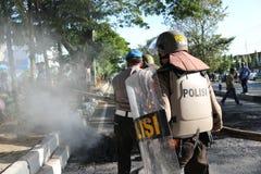 La policía apagó el fuego imágenes de archivo libres de regalías