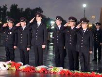 La policía durante el ` patriótico totalmente ruso de la acción era mañana el ` de la guerra en la colina de Poklonnaya Fotos de archivo