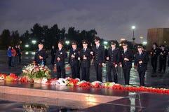 La policía durante el ` patriótico totalmente ruso de la acción era mañana el ` de la guerra en la colina de Poklonnaya Imagen de archivo libre de regalías