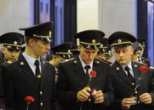 La policía durante el ` patriótico totalmente ruso de la acción era mañana el ` de la guerra en la colina de Poklonnaya Foto de archivo libre de regalías