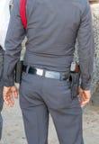 La policía lleva los armas fotos de archivo libres de regalías
