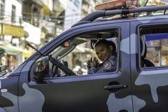 La policía militar de Rio de Janeiro patrulla las calles de Rio de Janeiro Foto de archivo libre de regalías