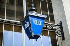 La policía pasada de moda firma foto de archivo libre de regalías