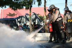 La police a éteint le feu photographie stock