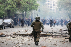 La police anti-émeute au Chili Image stock