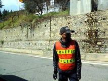 La police de la circulation sur les rues de Paro, Bhutan Photo stock