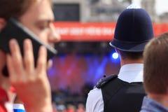 La police protège des foules aux célébrations de Canada à Londres 2017 Photographie stock