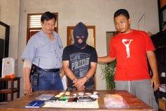 La polizia arresta il trafficante di droga Immagini Stock Libere da Diritti