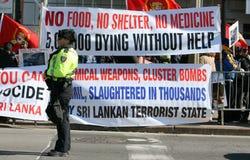la polizia protesta il tamil Immagine Stock