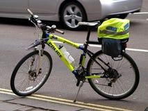 La polizia va in bicicletta Fotografia Stock