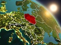 La Pologne de l'espace pendant le lever de soleil Image stock