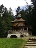 La Pologne, Malopolska, Zakopane - la petite église images libres de droits