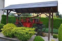 La Pologne, Wisla Mala, temple catolic, église en bois, tourisme, désuet, collection, chariot du feu image stock