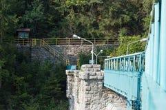 La Polonia, ponte del metallo di Miedzygorze sulla diga Fotografia Stock Libera da Diritti