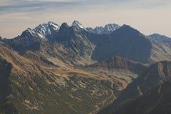 La Polonia/Slovacchia, montagne di Tatra, picchi innevati Fotografie Stock