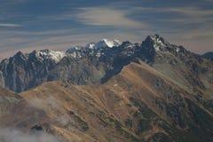 La Polonia/Slovacchia, montagne di Tatra, picchi innevati Fotografia Stock