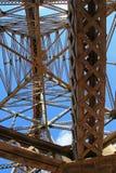 La Polvorilla高架桥, Tren在阿根廷西北部的Las Nubes, 免版税库存图片
