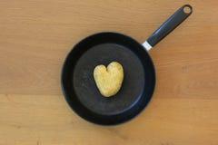 la pomme de terre de coeur a formé Image libre de droits