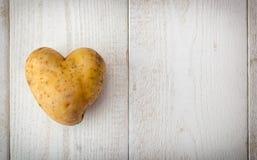 la pomme de terre de coeur a formé Photographie stock
