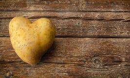 la pomme de terre de coeur a formé Image stock