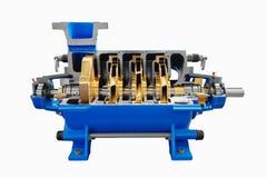 La pompa idraulica ad alta pressione di industriale per il rifornimento idrico di acqua fredda, pronta, si apre per manutenzione  Fotografie Stock Libere da Diritti