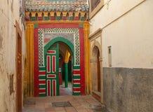 La porta di una moschea, Essaouira, Marocco, Nord Africa Immagine Stock
