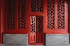 La porta e le finestre, fatte in cinese lo stile del cinese tradizionale immagine stock libera da diritti