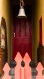La porta rossa fotografia stock