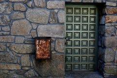 La porta verde Fotografie Stock Libere da Diritti
