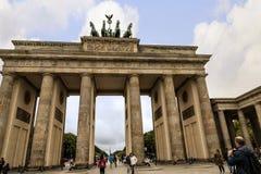 La Porte de Brandebourg est le ` s de Berlin la plupart de point de repère célèbre Un symbole de Berlin et de division allemande  Photos libres de droits