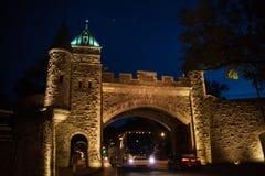 La porte de château photos stock