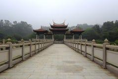 La porte de la montagne Forest Park de tianzhu Photographie stock