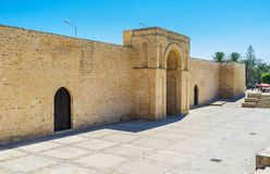 La porte de la mosquée grande, Mahdia, Tunisie photos stock