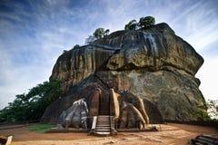 La porte du lion à la roche de Sigiriya Image stock
